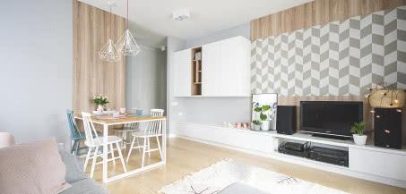 Minimalistyczne mieszkanie na warszawskim Żoliborzu