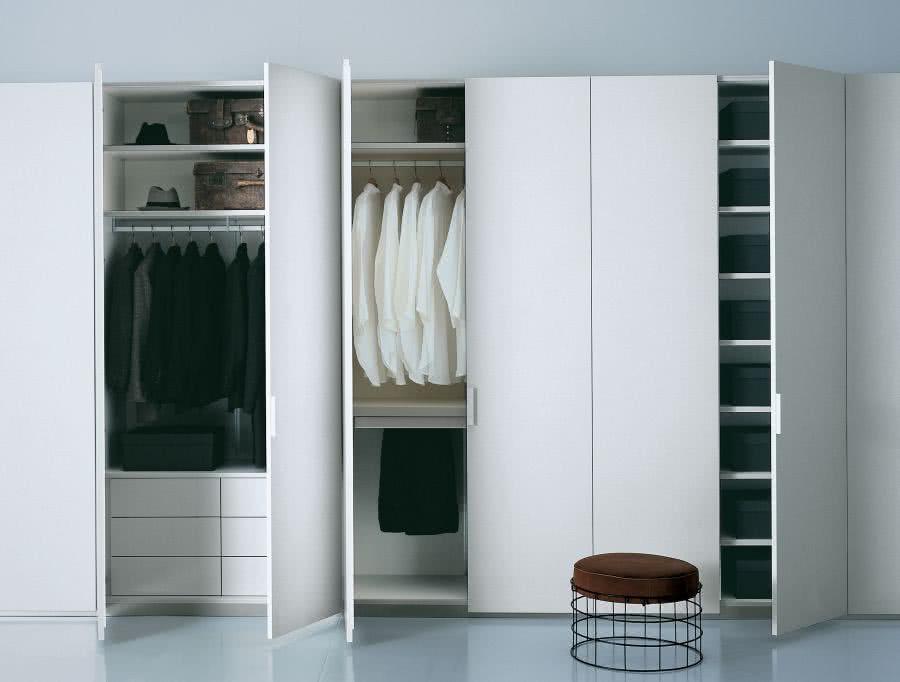 ab2375e979 Praktyczna garderoba i pojemna szafa wnękowa