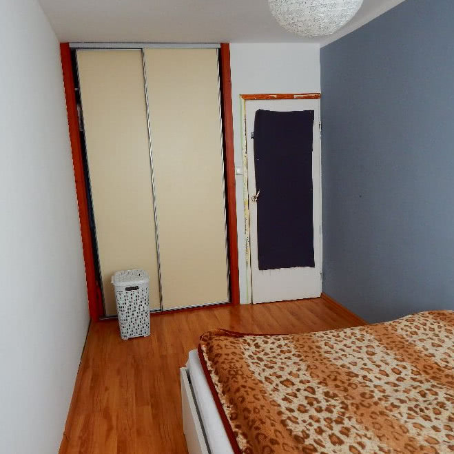 Sypialnia Z łóżeczkiem Dla Dziecka Czasnawnętrze