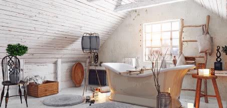 Łazienka na poddaszu - jak urządzić przestrzeń pod skosami?