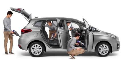 Jak prawidłowo wyczyścić wnętrze samochodu?