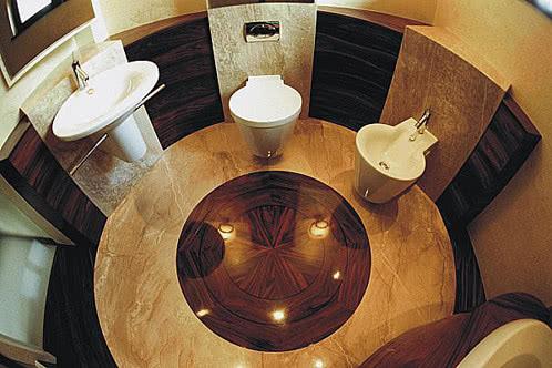 Okrągła łazienka W Kamieniu Czasnawnętrze