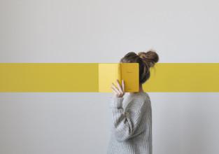 Jak łączyć szary z żółtym? Ranking najpiękniejszych wnętrz w kolorze roku 2021!