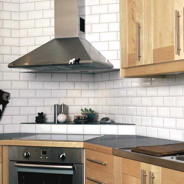 Białe Kafelki Do Kuchni W Stylu Retro Czasnawnętrze