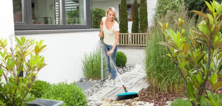 Prace ogrodnicze, które warto wykonać jesienią